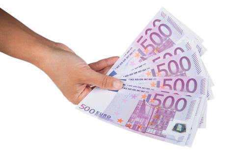 Vandaag 100 euro lenen met BKR